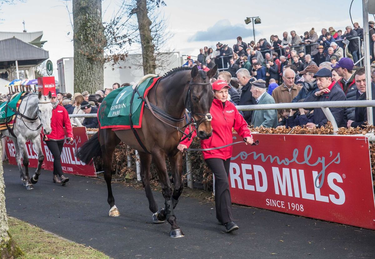 Bumper Crowds & Style Galore at Gowran on RED MILLS Day As Jessica Harrington Lands Both RED MILLS Hurdle & Chase